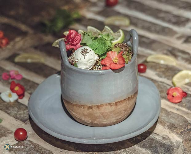 چایخانه در اواخر دوره قاجار | حس کافه در فرشته
