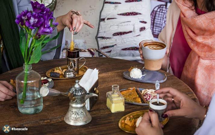 رستوران در فرشته با فضای بسیار گرم و خودمانی | حس کافه
